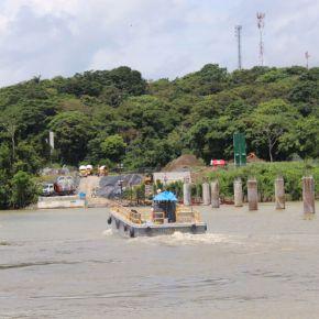 Puente sobre el Río Chagres