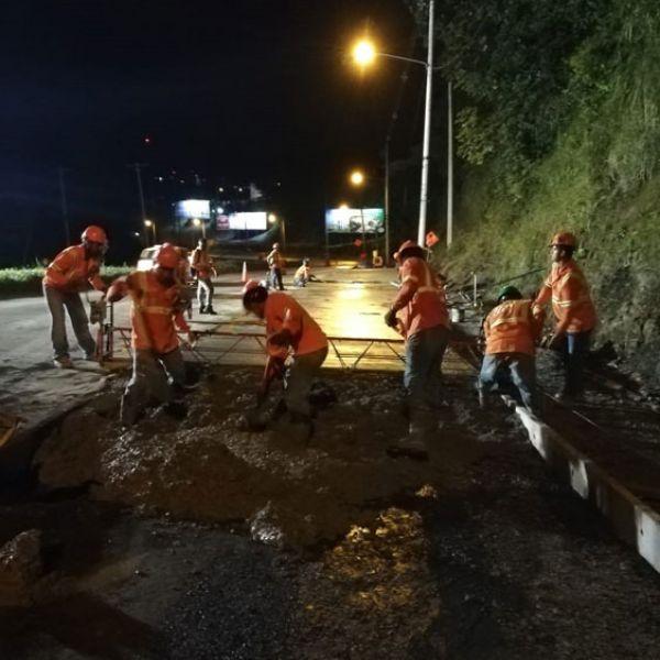 Reposición de Losas Vía Centenario