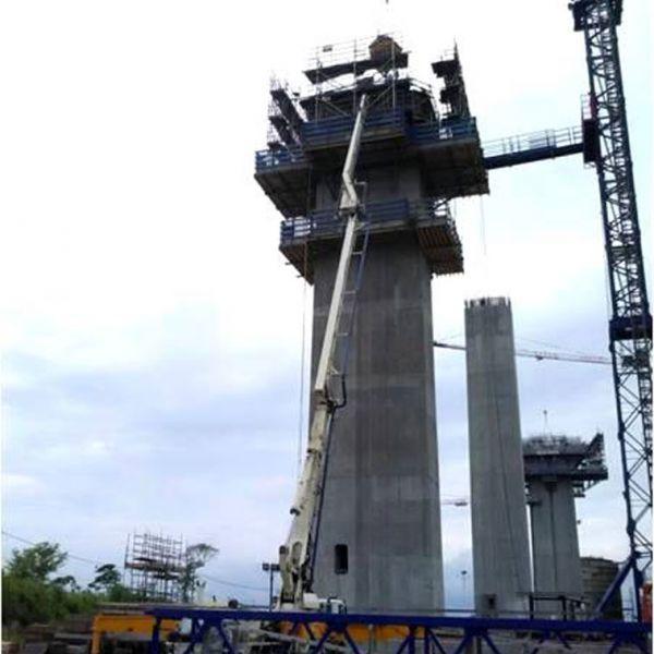 Reparación de Base de Esclusa de Miraflores